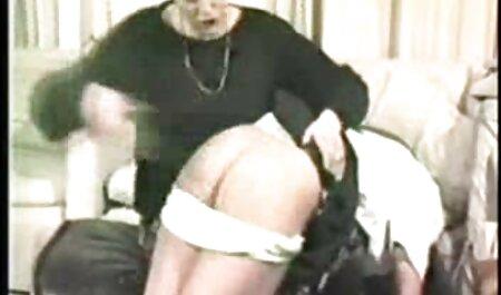 حداکثر Mikita پر شده است با دو را cocks سکس انال خارجی سخت