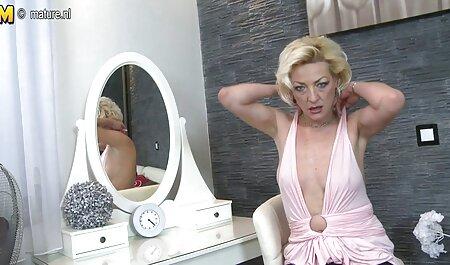 راشل Ajani می شود سوراخ پر شده سکس انال دختر با تقدیر داغ