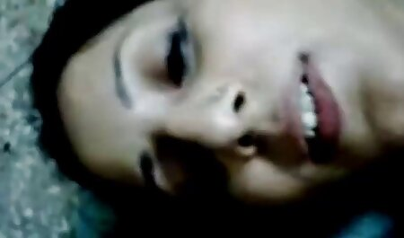 Kaycee بمکد دیک و طول سکس انال الکسیس می کشد در الاغ برای اولین بار
